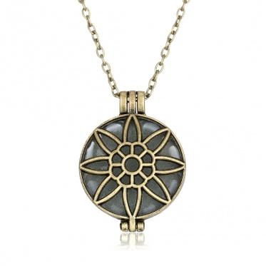 Fashion Women Jewelry Pendant Glow In The Dark Choker Bib Sun Flower Statement Necklace New