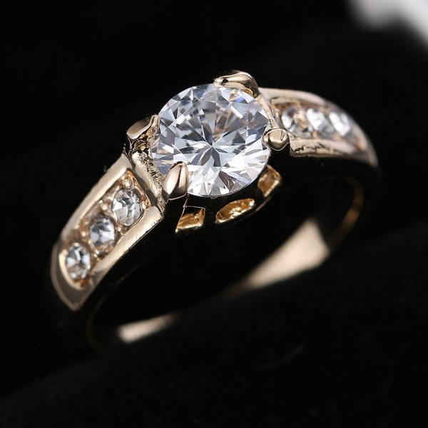 Size 8 Wedding Bridal Jewellery Sapphire Engagement Ring 18K White Gold Fille