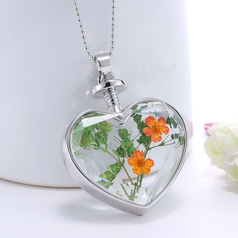Shining Nature Dried Flowers Glass Locket Heart Pendant