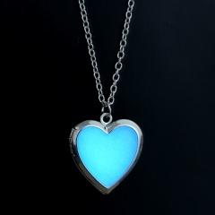 Vintage Hollow Silver Heart Moon Owl Glow In The Dark Luminous Pendant Necklace White heartt
