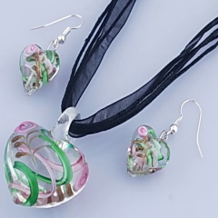 Fashion Heart Shape With Small Flower Two Colors Inside Pendant Necklace Lampwork Glass Necklace With Earring Jewelry Set Green