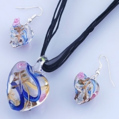 Fashion Heart Shape With Small Flower Two Colors Inside Pendant Necklace Lampwork Glass Necklace With Earring Jewelry Set Blue