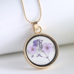 Round photo frame dried flower specimen necklace (Pendant size: 4*2.7cm, chain length: 60cm) A