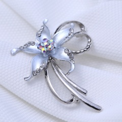 Rinhoo Brooches Opal Stone Rhinestone Brooch Silver Color Flower Bouquet Brooch Pin Bridal Wedding Jewelry Gift flower1-white