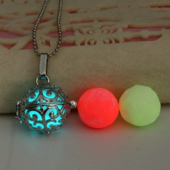 Charm Glow In The Dark Heart Pendant Necklace Luminous Women Jewelry Party Gift Leaf