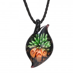 Women Handmade Flower Lampwork Murano Glass Circle Pendant Necklace Fashion Green