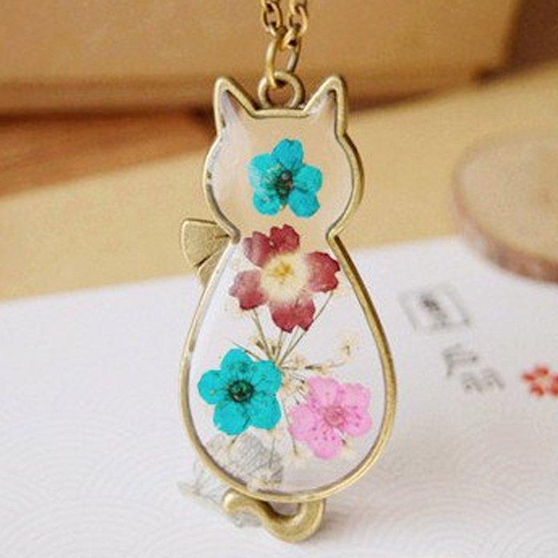 Natural Real Pressed Flower Resin Glass Cat Pendant