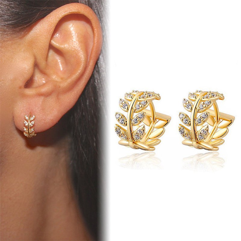 White Flower Women Crystal Rhinestone Ear Stud Fashion Earrings Wedding Jewelry